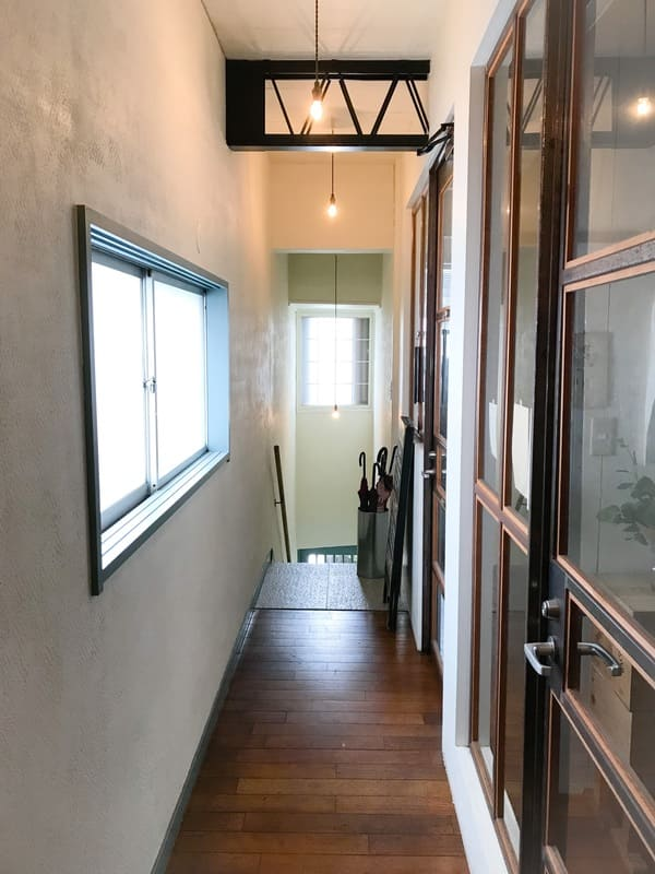 鎌倉sahan サハンの2階入り口写真